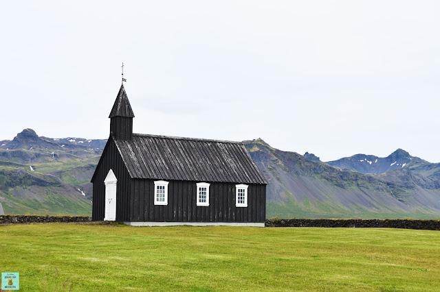 Iglesia Búdakirkja en Snaefellsnes, Islandia