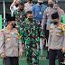 Kapolda Banten Sholat Berjamaah di Batalyon Infantri 320 Badak Putih Pandeglang