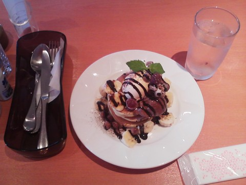 バースデーパンケーキ¥0-2 デニーズ浄心店