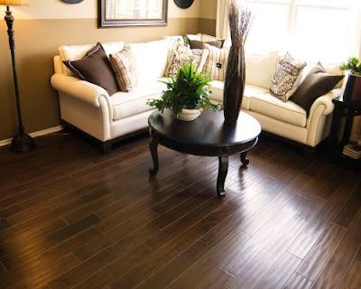 Sàn gỗ tự nhiên chiu liu phòng khách
