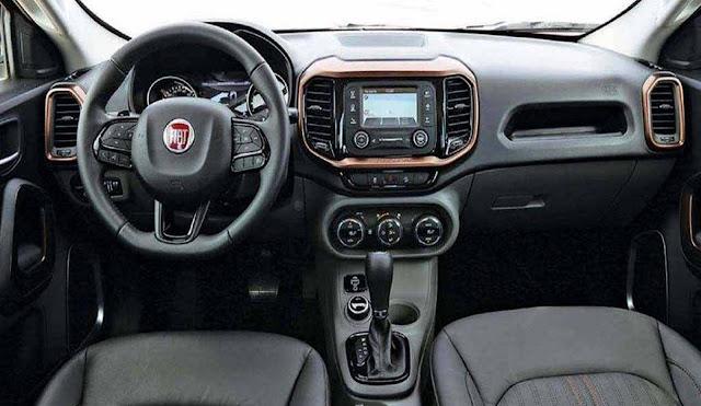 Fiat Toro Volcano 4x4 Turbo Diesel - interior