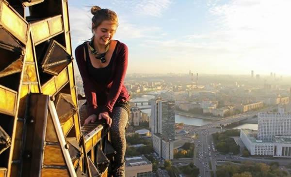8 Orang Yang Tewas Ketika Berfoto Selfie