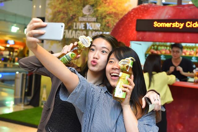 somersby-cider-giant-apples-cider-giveaway-friends