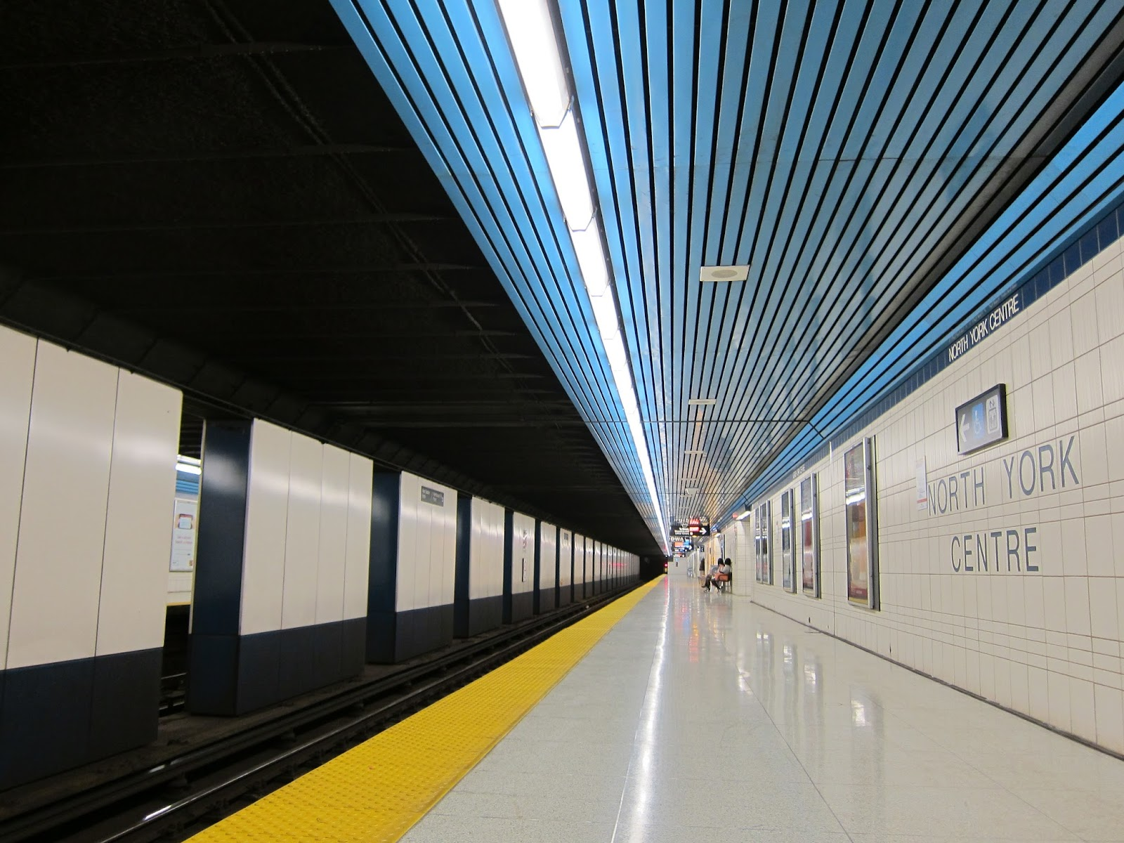 North York Centre subway platform view