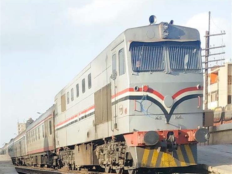 """مصرع """" محمد 38 عاماً"""" أسفل عجلات قطار الإسكندرية منذ قليل.. والتحريات تكشف التفاصيل"""