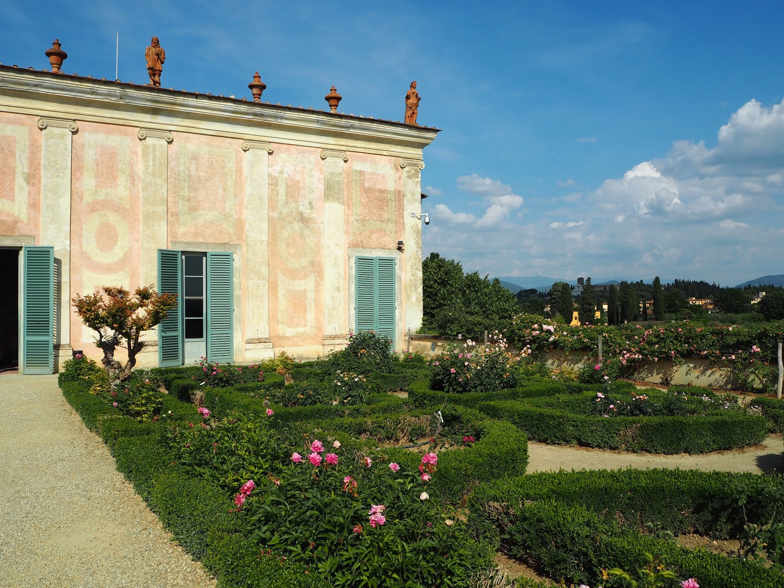 boboli gardens with rose gardens in florence
