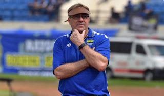 Komentar Robert Alberts Usai Persib Bandung Kalah dari Bhayangkara FC