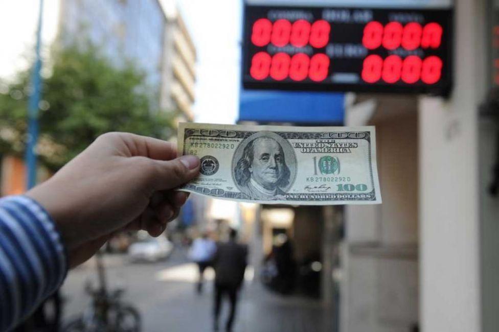 Propiedades, con dólar en alza y menor demanda bajarán los precios