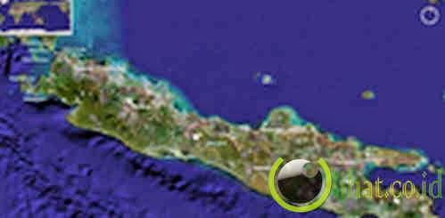 Pulau Jawa Terpecah
