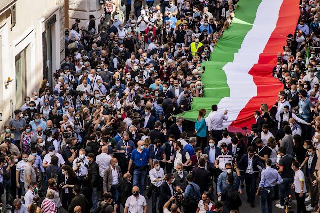 2 giugno Roma manifestazione organizzata da Salvini e Meloni