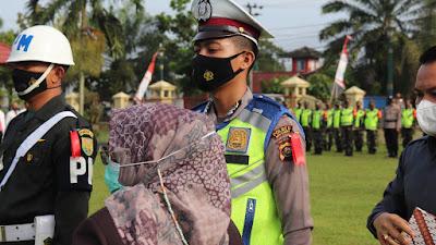 Apel Gelar Pasukan Di Halaman Mapolres Mura Dipimpin Wakil Bupati Musi Rawas