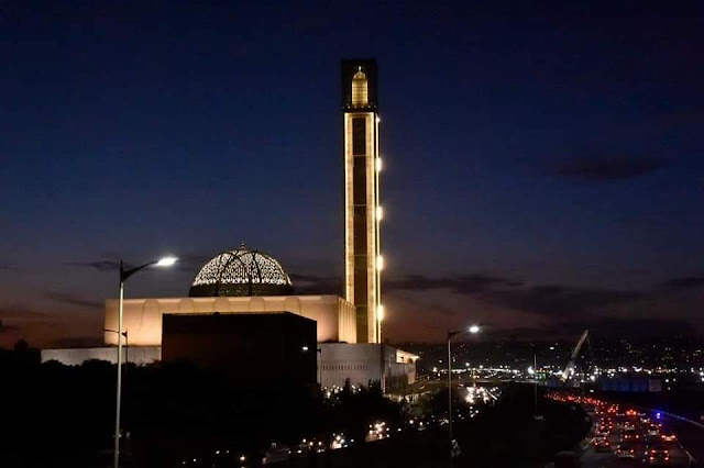 الجزائر تفتتح أكبر مسجد في أفريقيا (صور)