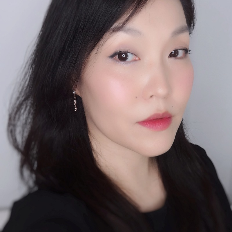 Givenchy Prisme Libre Blush Mousseline Lilas (01) review swatch