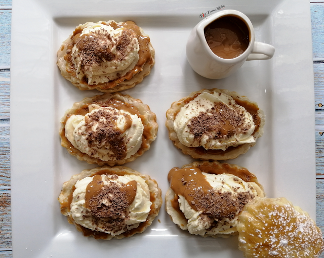 banofee, banoffee tart, banoffee puff pastry, puff pastry, dessert, food, food blogger, food pictures, food recipe, recipe, dessert recipe, quick recipe, sweet, food photography, food blogger, bananas, chocolate, caramel, spicy fusion kitchen