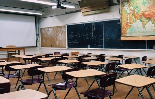Pandemia pode afetar perda de 20% da aprendizagem escolar em Português, mostra pesquisa