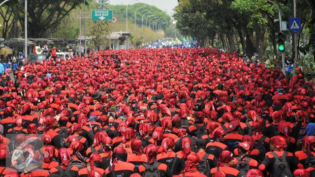 """Aksi May Day, Massa Buruh Akan Buat """"Kuburan Massal Korban Omnibus Law"""" di Depan Istana Negara dan MK"""