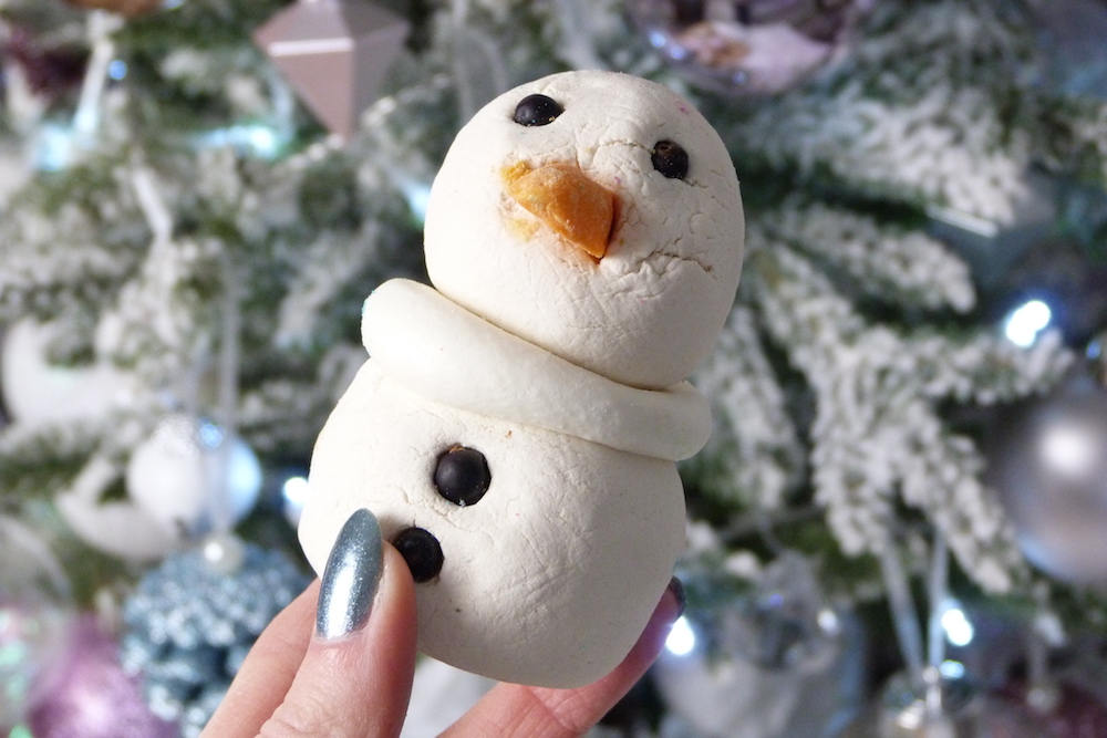 an image of Lush Christmas 2017 The Snowman Bubbleroon Review