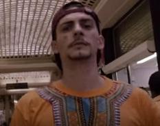 Mc Papo lança clipe de Matonge