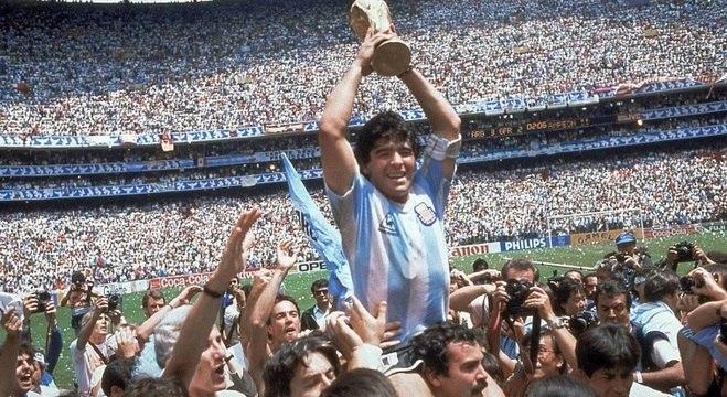 Conheça um pouco de Diego Maradona, maior ídolo do futebol argentino.
