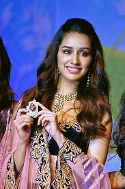 Shraddha Kapoor Biography:Height,Birthday,Movie and Family