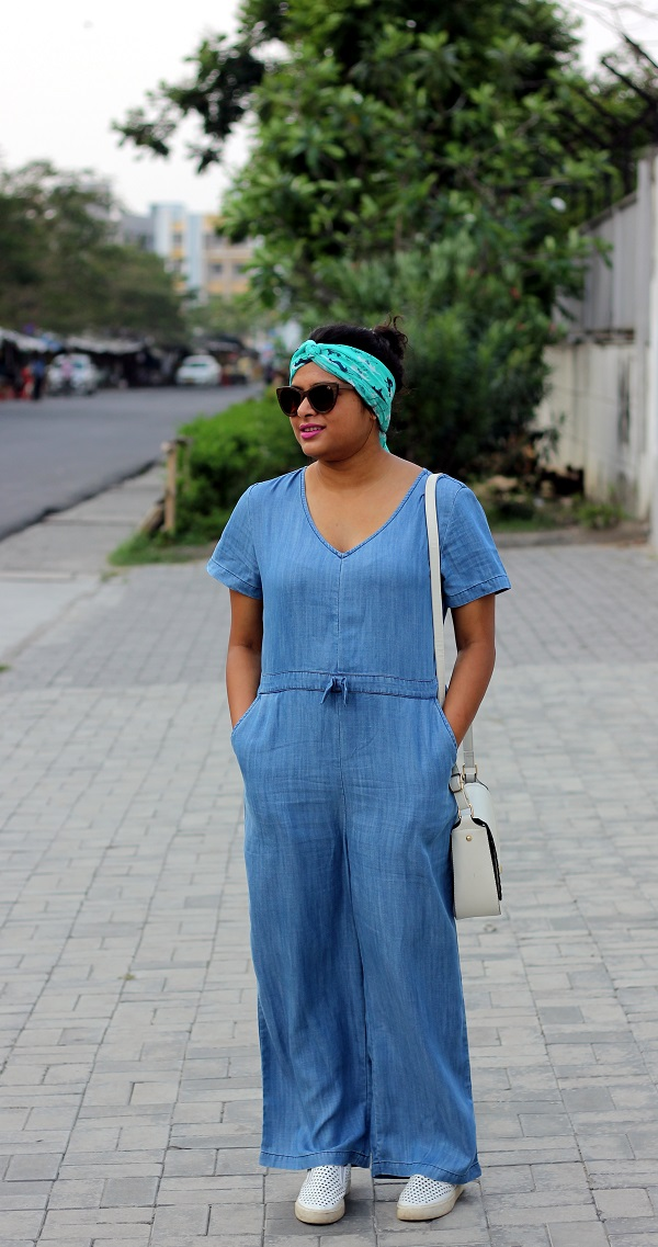 How to wear a jumpsuit - Live Laugh Dressup
