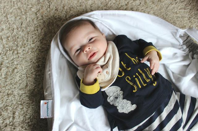 A Snugglebundl Baby Blanket Lifting Wrap review