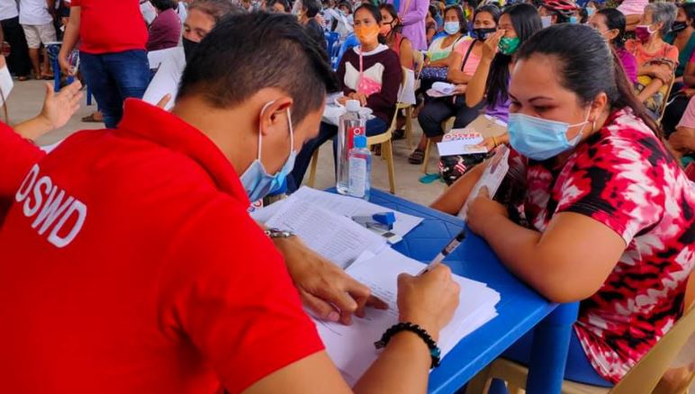 DSWD provides emergency subsidy ESP under Bayanihan 2