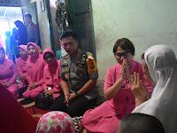 Peduli, Kapolres Sidrap Melayat ke Rumah Personil TNI yang Meninggal