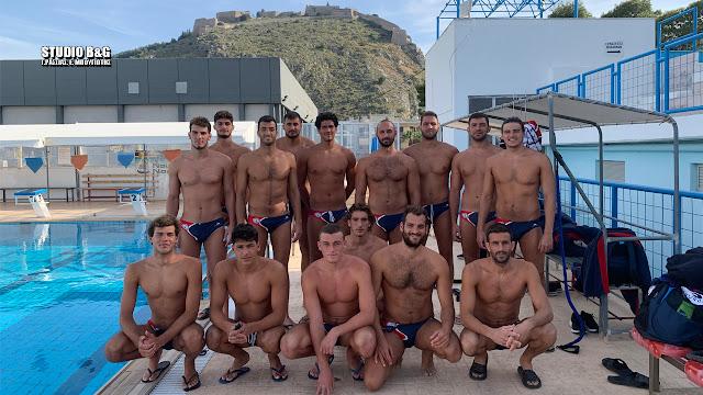Στο κολυμβητήριο Ναυπλίου προπονείται η πρωτοπόρος ομάδα του Ν.Ο. Βουλιαγμένης (βίντεο)