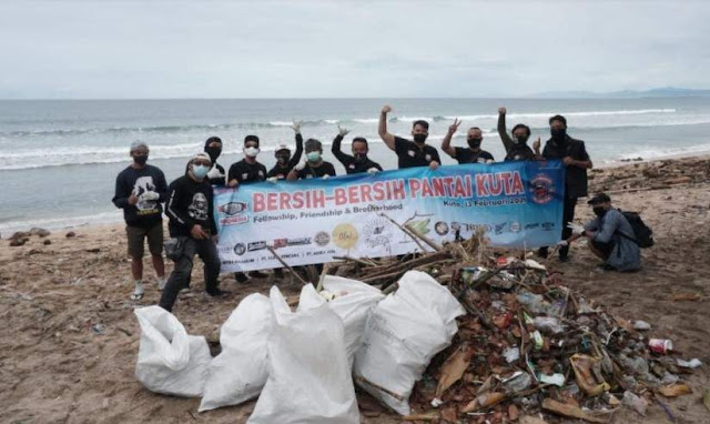 XSR Indonesia Bersih-bersih Pantai Kuta 2021