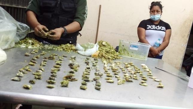 INPE Trujillo interviene a familiares de internos que pretendían ingresar sustancias y objetos prohibidos al penal