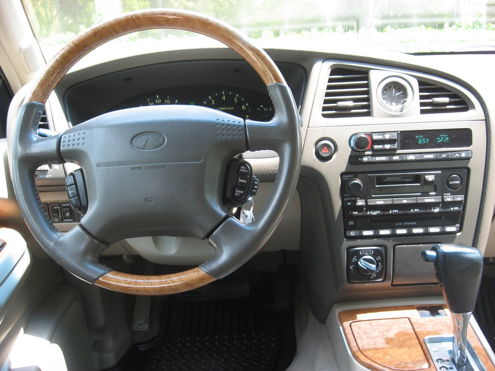 Pumpkin Fine Cars And Exotics 2001 Infiniti Qx4