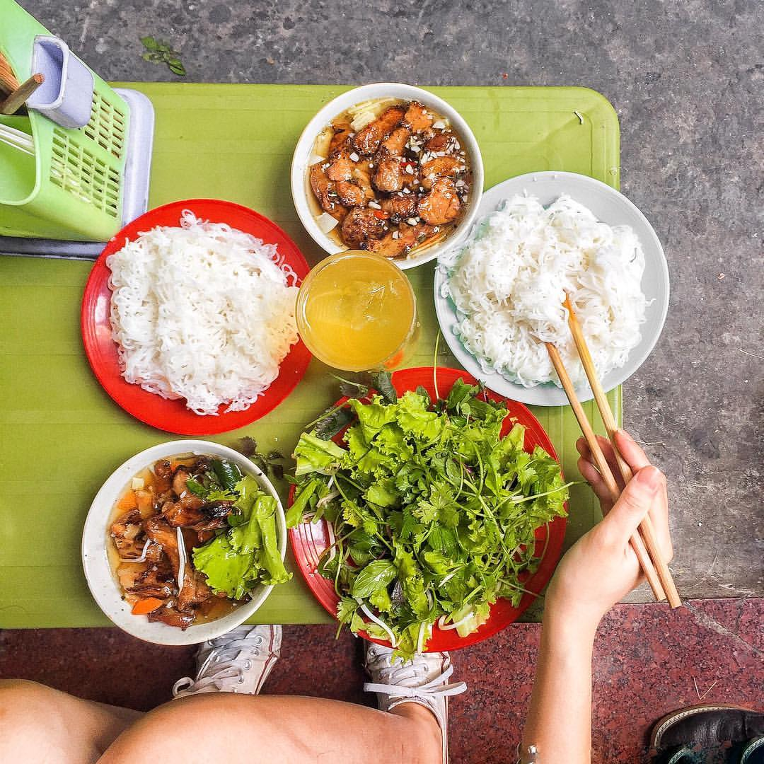 Những quán ăn 'ruột' của người Hà Nội có thâm niêm hơn 20 năm -1