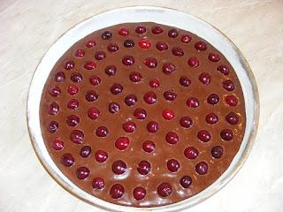 Preparare prajitura cu visine si cacao reteta,