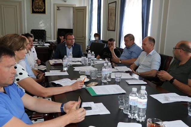 Під головуванням Миколи Стариченка відбулася нарада керівників депутатських фракцій Київської обласної ради