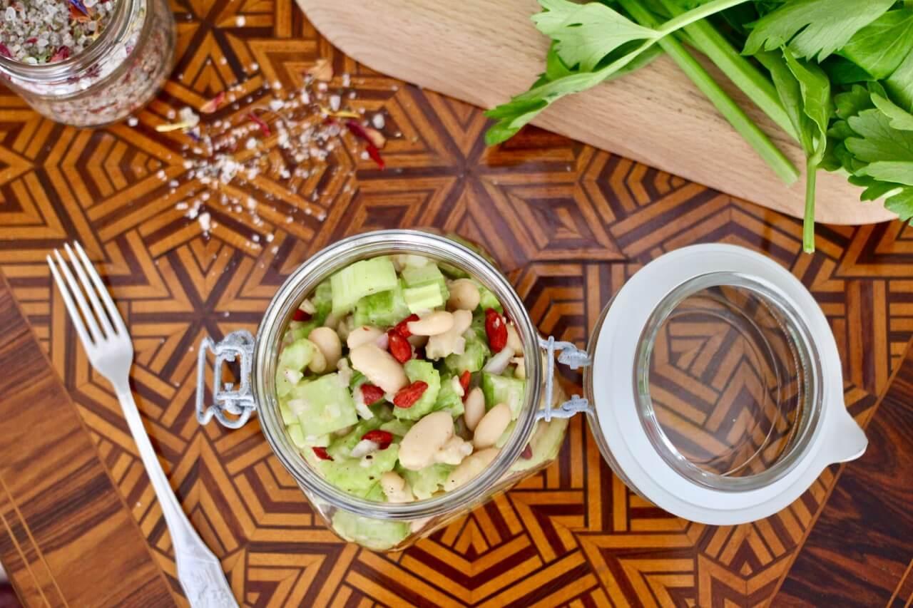 Bohnen-Sellerie-Salat vegan