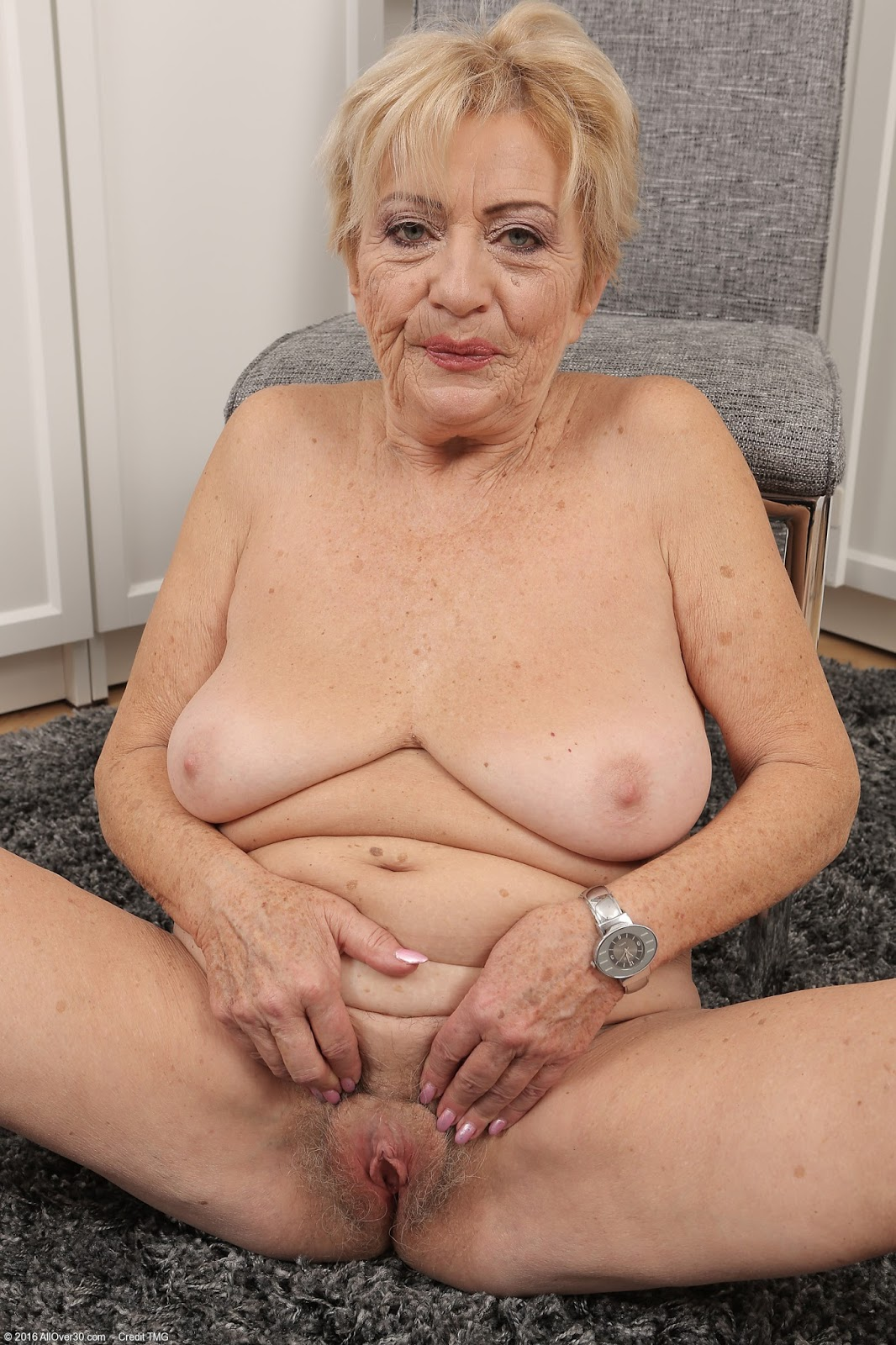 Archive Of Old Women Grannies Sets-7372