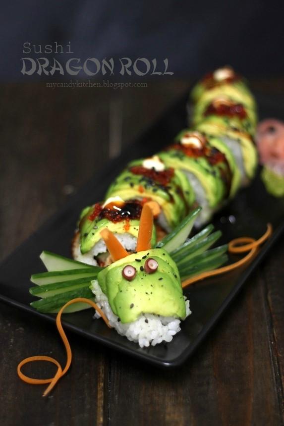 руло суши, оформено като дракон