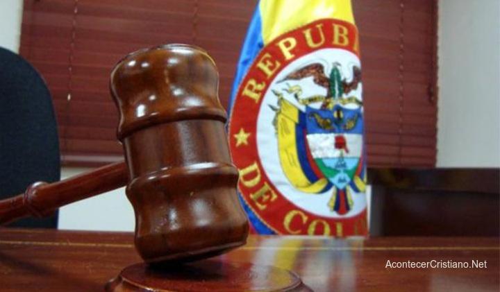Juez colombiano se niega a casar pareja homosexual
