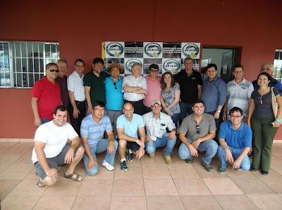 Deputado Federal Nelson Marquezelli se reúne com produtores do Vale na sede da ABAVAR