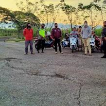 Personil Polsek Polut Rutin Gelar Patroli Harkamtibmas Cegah Aksi Balapan Liar