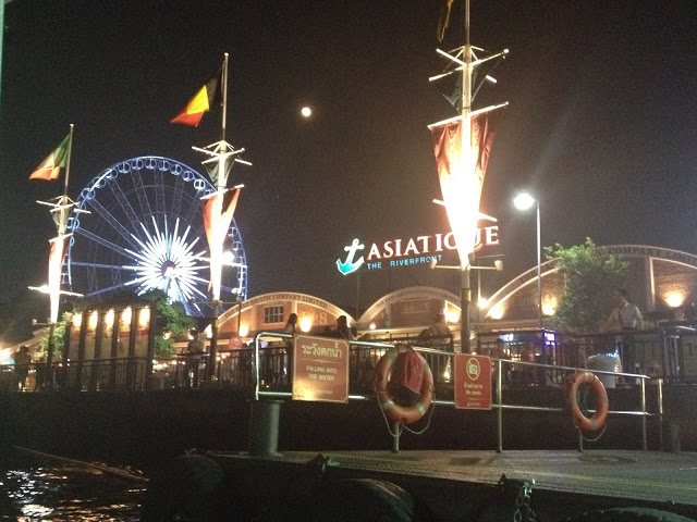 Asiatique: Night Market em Bangkok