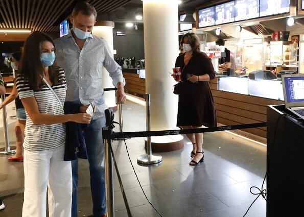 King Felipe and Queen Letizia went to a movie theater. Mango striped t shirt, Zara collection t-shirt striped v-neck short sleeve