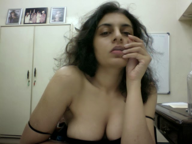 Hot Indian Aunty Webcam