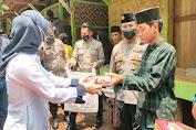 Kadin Banten bareng Tim Warung Jum'at Barokah Polda Banten salurkan Beras dan Sembako Ke Ponpes dan Masyarakat