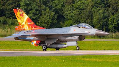 Dutch F-16 leave Leeuwarden