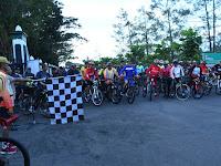 Ratusan Pamen Kodam IV/Diponegoro Menggelar Acara Gowes Bareng
