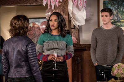 """The Flash -- """"Nora"""" -- Image Number: FLA501a_0269b2.jpg -- Pictured (L-R): Jessica Parker Kennedy as Nora West - Allen, Candice Patton as Iris West - Allen and Grant Gustin as Barry Allen -- Photo: Katie Yu/The CW -- © 2018 The CW Network, LLC. All rights reserved"""