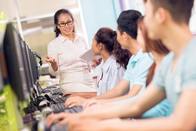 Materi Informatika Kelas 10 – Dampak Sosial Informatika