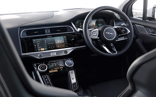 Jaguar I - Pace có thiết kế vô lăng mang đậm tính thể thao